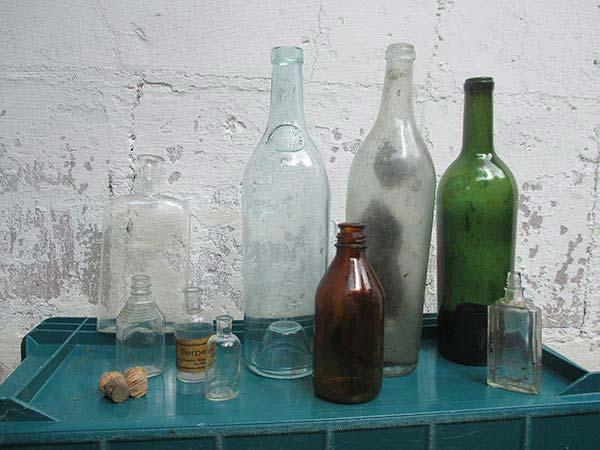 Dump digging bottles