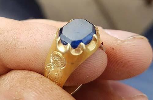 Metalldetektorfynd medeltida-ring